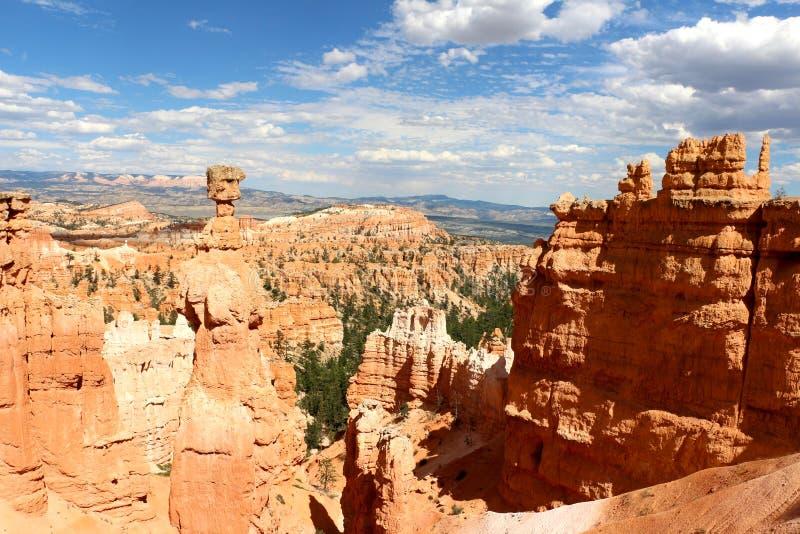 Bryce Canyon National Park es un parque nacional de Estados Unidos en el país del barranco de Utah foto de archivo libre de regalías