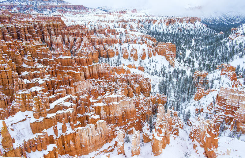 Download Bryce Canyon stock image. Image of beauty, canyon, desert - 30328039