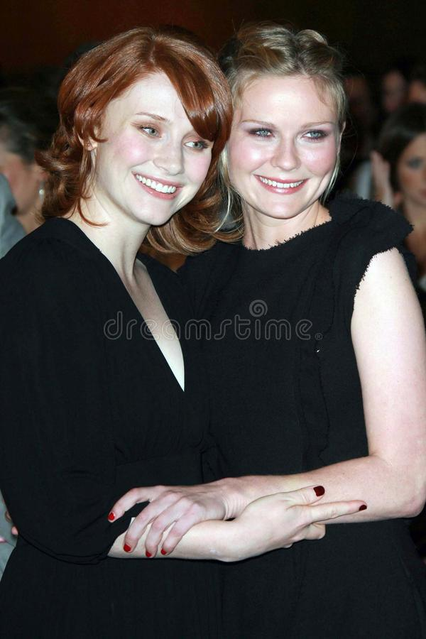 Bryce Dallas, Bryce Dallas Howard, Kirsten Dunst. Bryce Dallas Howard and Kirsten Dunst at the 2007 Glamour Reel Moments Party. Directors Guild Of America, Los stock images