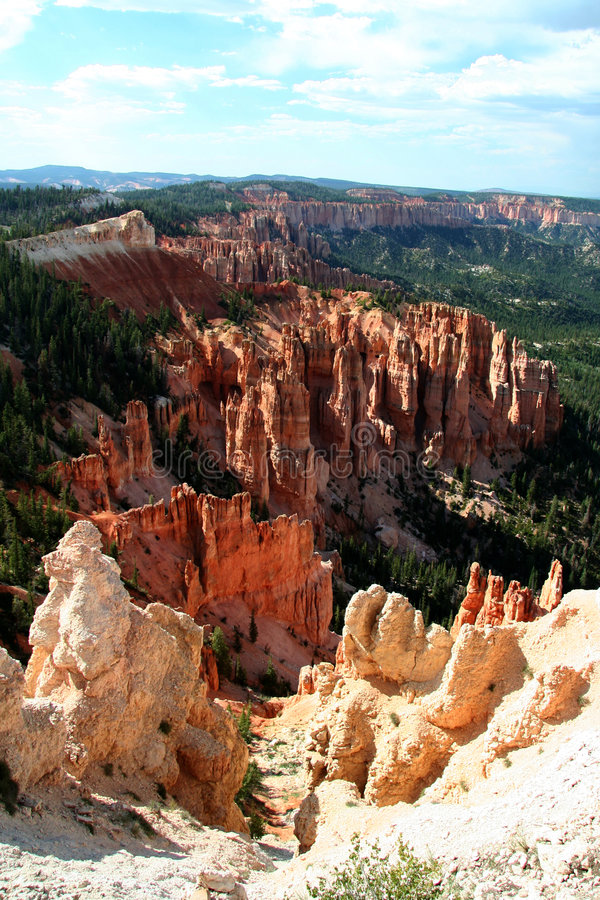 Free Bryce Overlook Royalty Free Stock Image - 376576