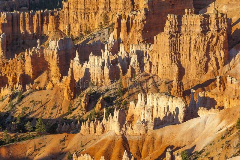 Bryce Schlucht-Sandsteinanordnungen lizenzfreie stockfotos