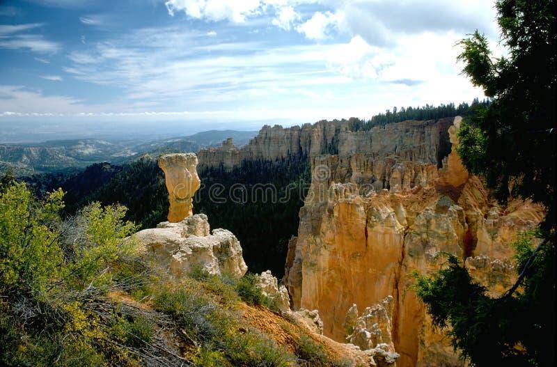 Download Brycekanjonhoodoos arkivfoto. Bild av utsikt, rocks, spires - 41776