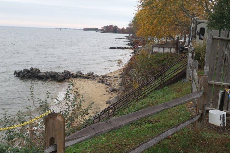 Brygga på Chesapeakefjärden arkivbild