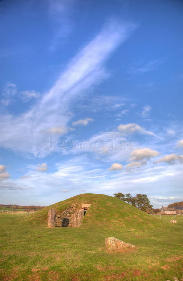 Bryn Celli Ddu. Neolithic burial chamber overlying a henge monument Isle of Anglesey North Wale royalty free stock images