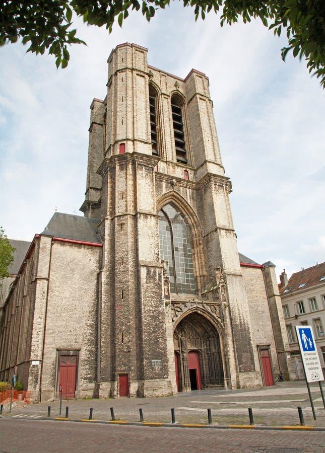 Bryssel - torn av den St Michael s domkyrkan royaltyfri foto