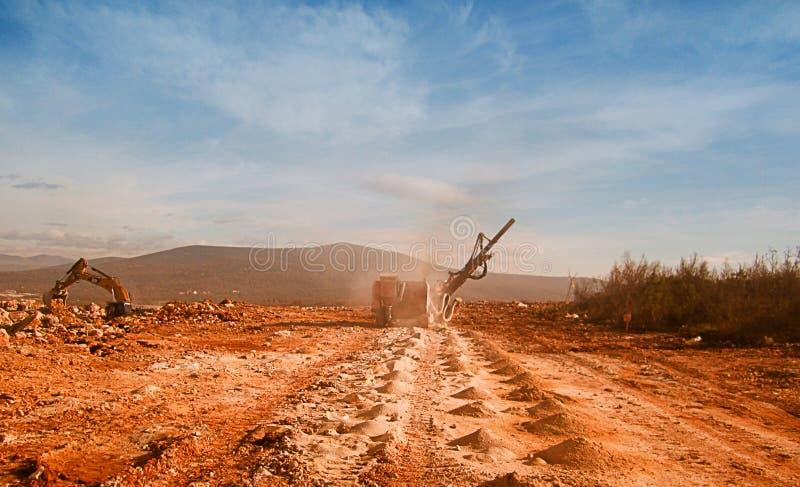 bryter sten miljön arkivfoto