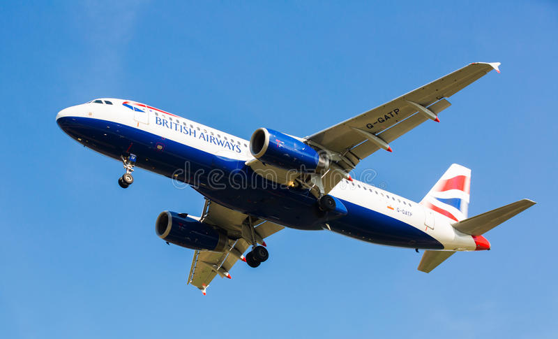 Brytyjskich linii lotniczych płaski lądowanie fotografia stock