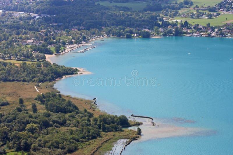 Brzeg Jeziorny Annecy, Francja obrazy royalty free