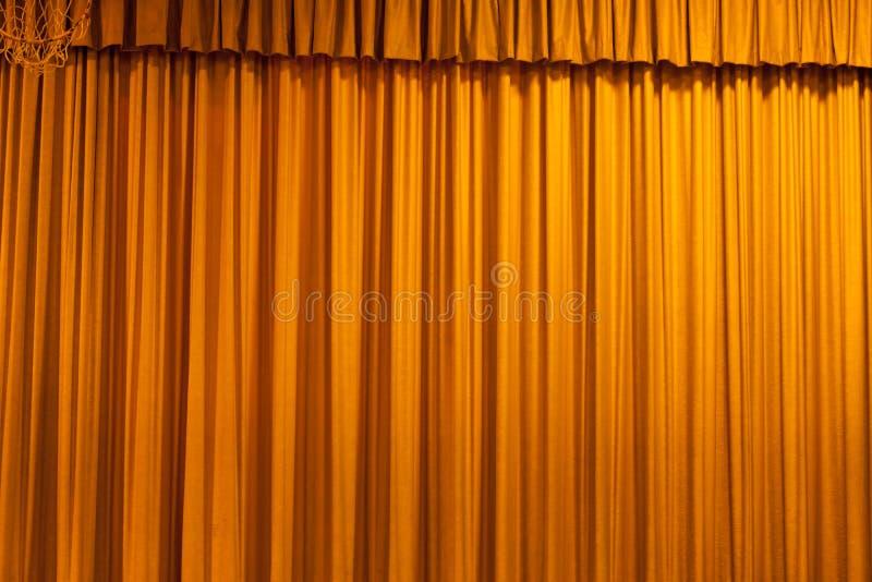 Bsckground amarelo da cortina imagem de stock