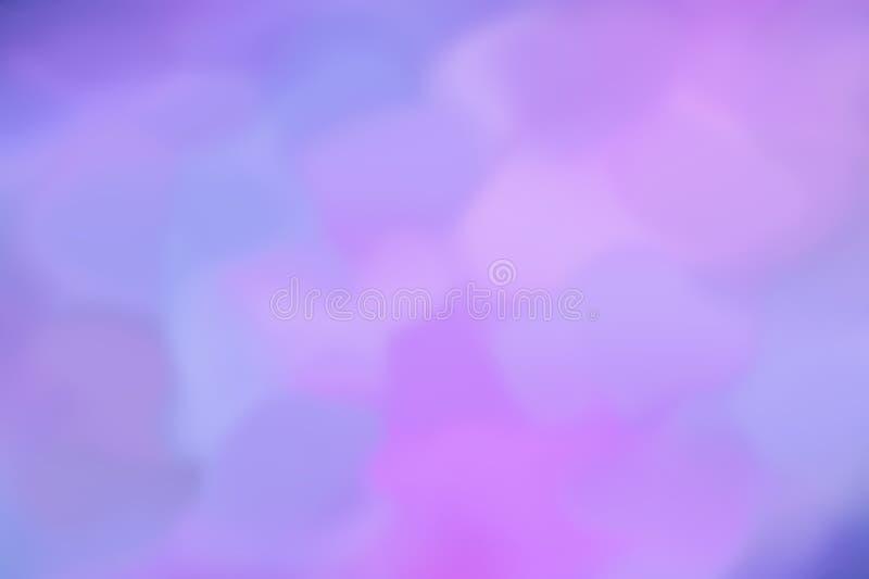 Bstract wizerunek shimmers różnych kolory błękitnych różowić bez Deseniowy unfocused tło ultramaryny łączyć z neonowym światłem fotografia royalty free