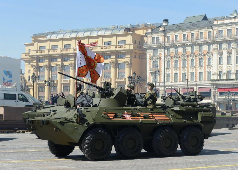 BTR-82A是俄国8x8被转动的两栖装甲运兵车(APC) 库存照片