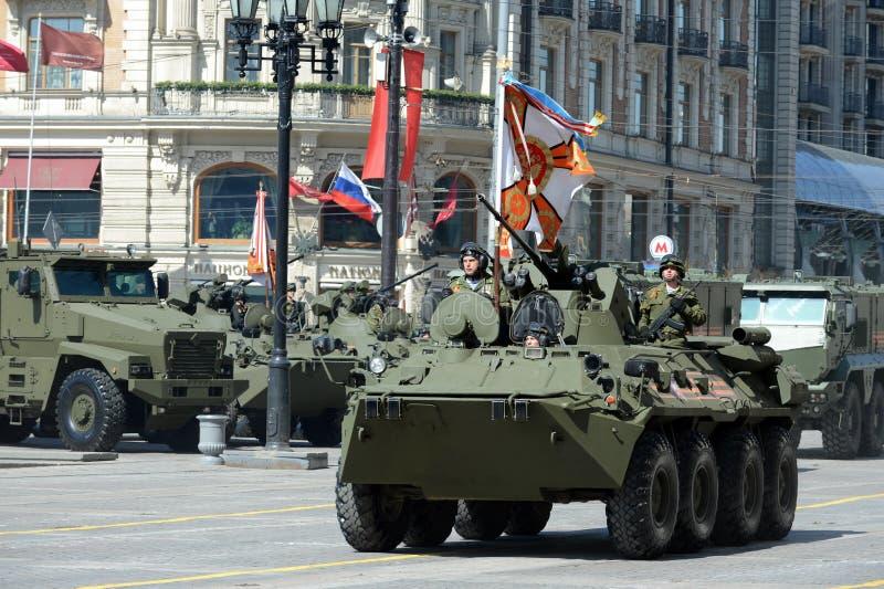 BTR-82A是俄国8x8被转动的两栖装甲运兵车(APC) 免版税图库摄影