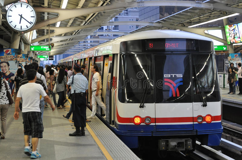 Download A BTS Skytrain At A Station In Central Bangkok Editorial Photography - Image: 22887637