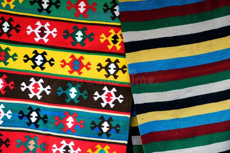 Bułgarscy ręcznie robiony dywany z etnicznymi ornamentami fotografia royalty free