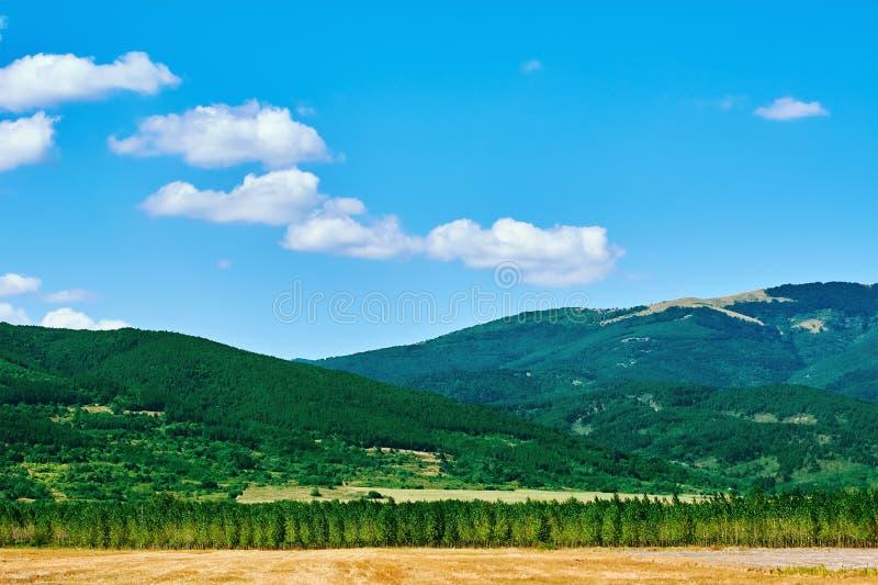 Bułgarski krajobraz z górami fotografia royalty free