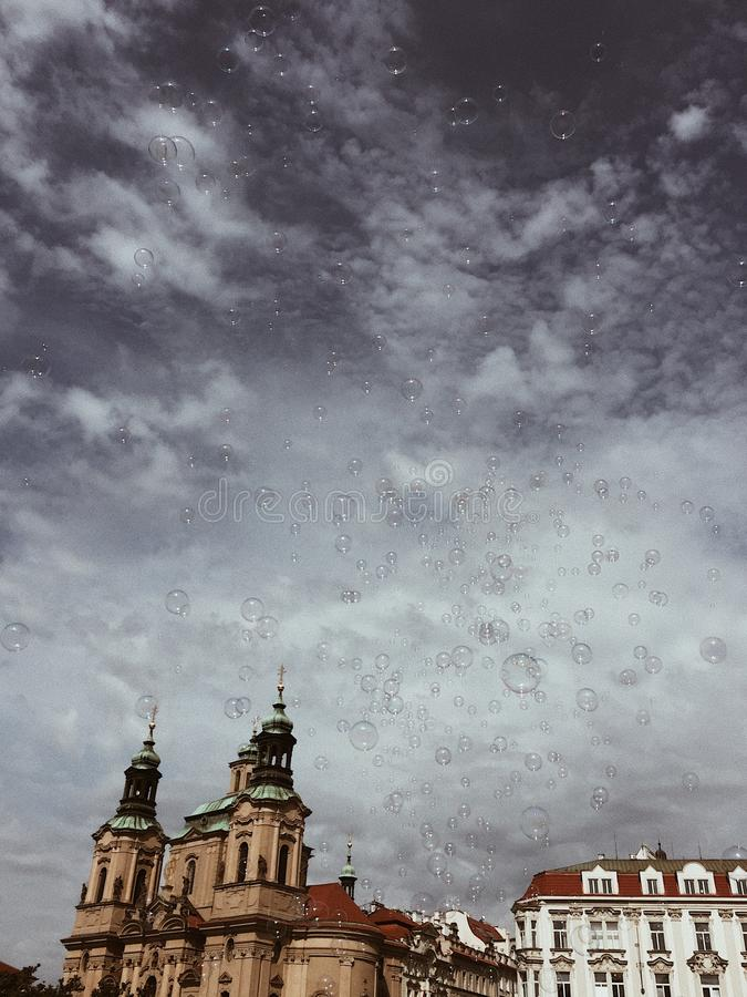 Bubblablåsare i himlen arkivbilder