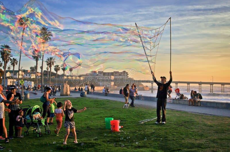 Bubblatid på havstranden, San Diego, Kalifornien, USA royaltyfria bilder