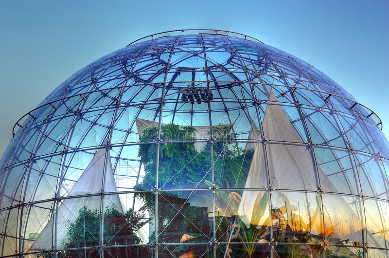 Download The Bubble (biosphere) By Renzo Editorial Stock Photo - Image: 34506498