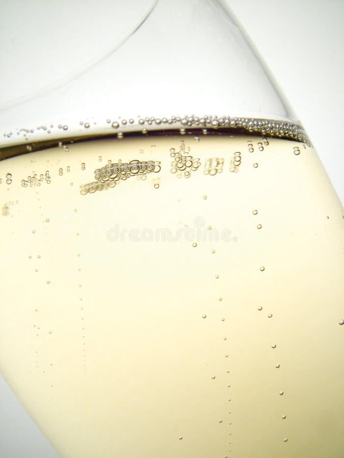 Download Bubbles champagen fotografering för bildbyråer. Bild av wine - 509083