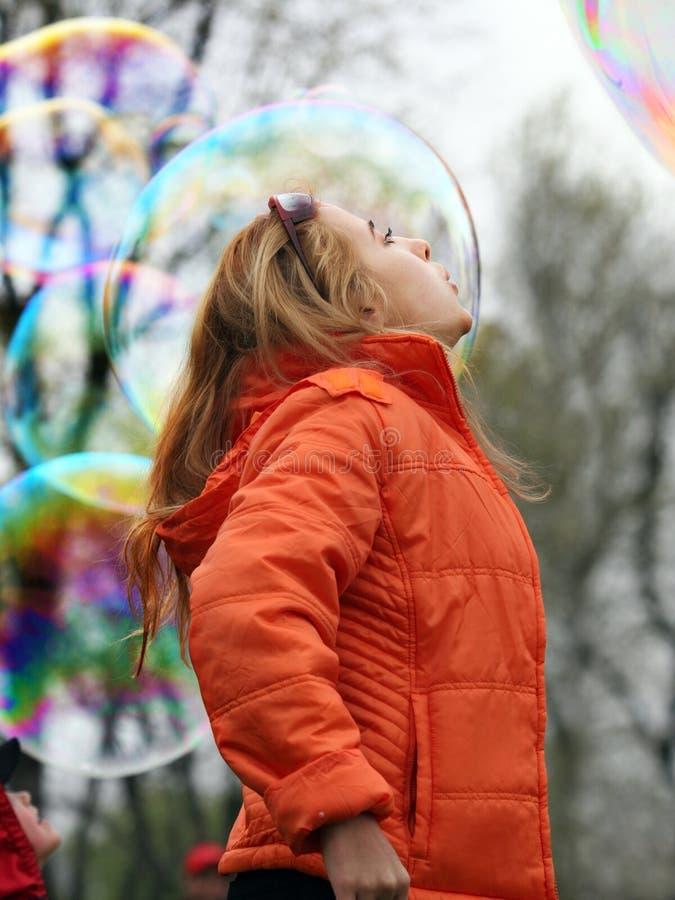 bubbles flickan royaltyfri foto