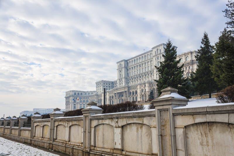 Download Bucarest en invierno imagen de archivo. Imagen de casa - 42428651
