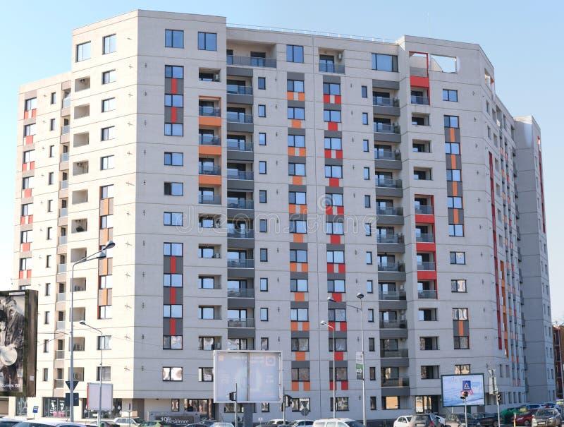 Bucarest, Roumanie - 25 janvier 2018 : Nouveau bloc d'appartements dans Orhideea, Bucarest photographie stock libre de droits