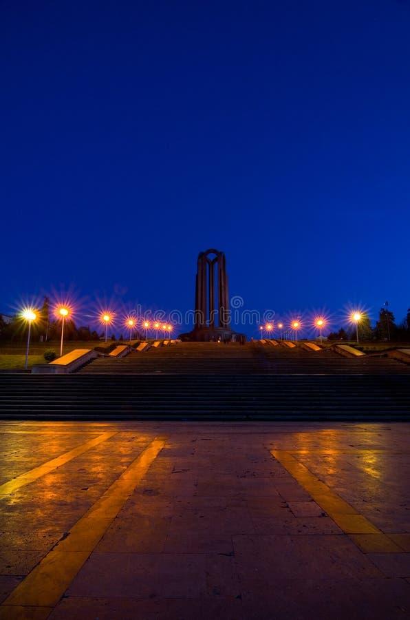 Bucareste na noite - Carol Park fotos de stock