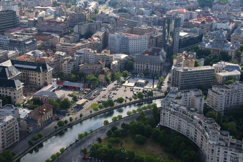 Bucareste, Romênia, o 15 de maio de 2016: Vista aérea do memorial do holocausto em Bucareste fotografia de stock royalty free