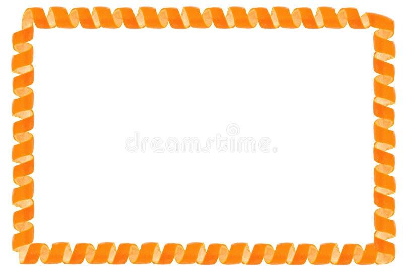 Buccia del mandarino del ricciolo come struttura Isolato su priorità bassa bianca fotografia stock