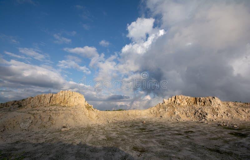 Bucegi góry, Podul cu Florile wapnia łup obrazy stock