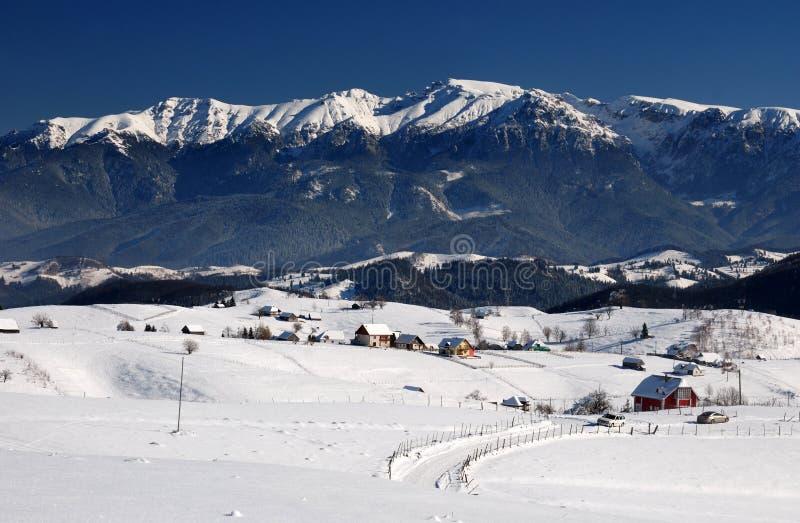 Bucegi Gebirgslandschaftspanorama in Rumänien lizenzfreie stockfotografie