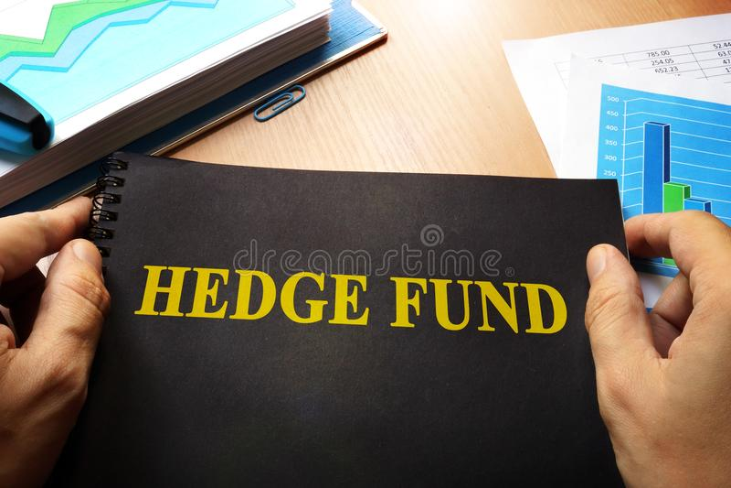 Buch mit Namenhedge-fonds stockbilder