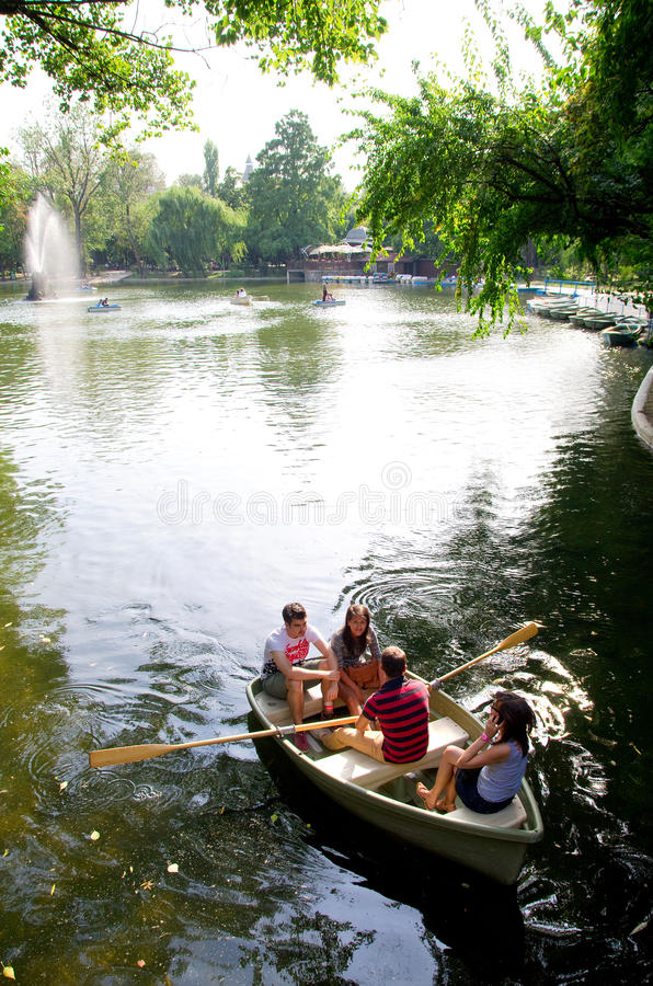Download Bucharest - Cismigiu lake editorial stock photo. Image of green - 26667838