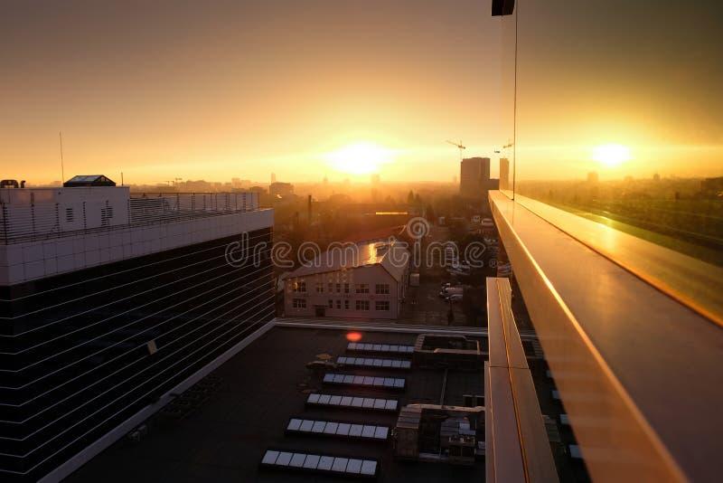 Bucharest linia horyzontu widzieć od Pipera okręgu przy zmierzchem zdjęcia royalty free