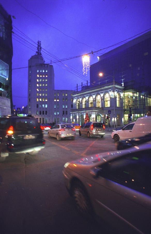 Bucharest nachts lizenzfreies stockfoto