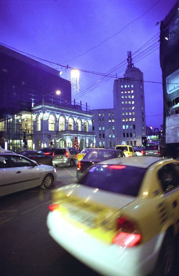 Bucharest nachts stockfotografie