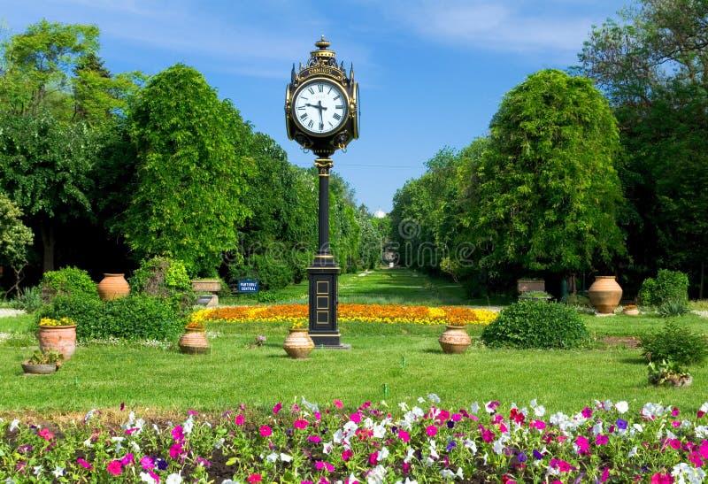 Bucharest parks och trädgårdar - Cismigiu royaltyfria foton