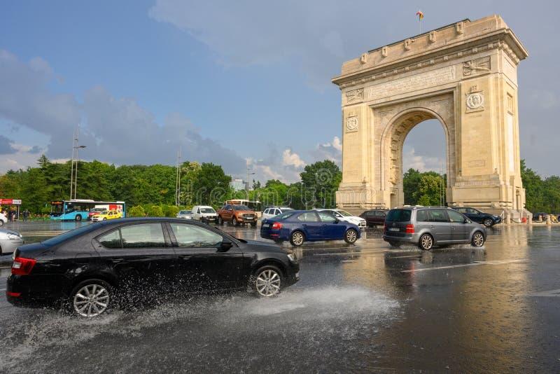 Bucharest po ulewnego deszczu i burzy, Bucharest miasto po ulewnego deszczu podczas lato czasu fotografia royalty free