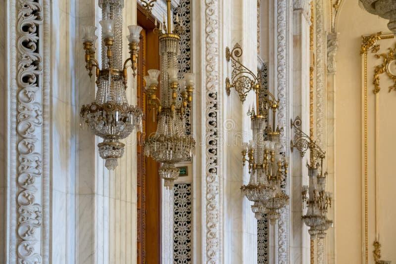 BUCHAREST/ROMANIA - 21-ОЕ СЕНТЯБРЯ: Внутренний взгляд дворца o стоковые фото