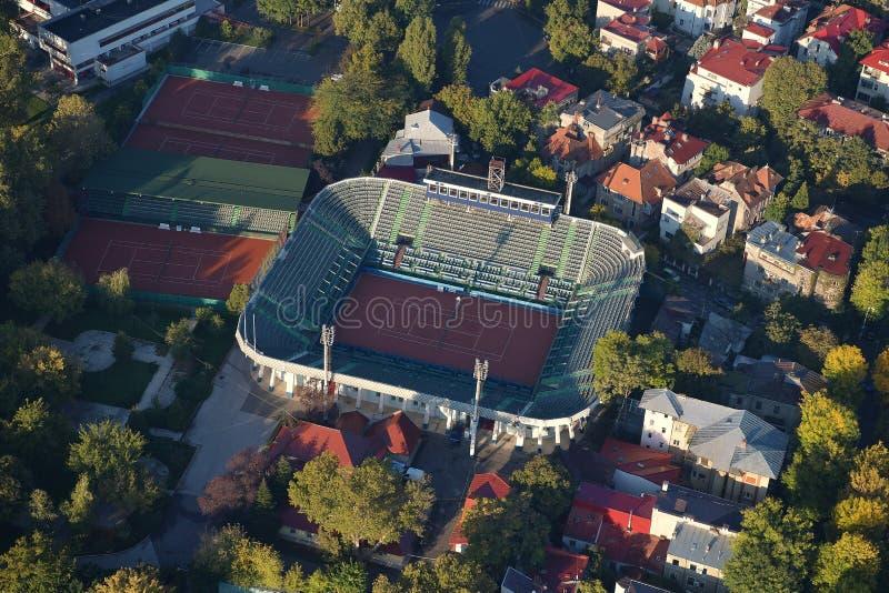 Bucharest Rumänien, Oktober 9, 2016: Flyg- sikt av det Arenele BNR komplexet av tennis i Bucharest arkivbild