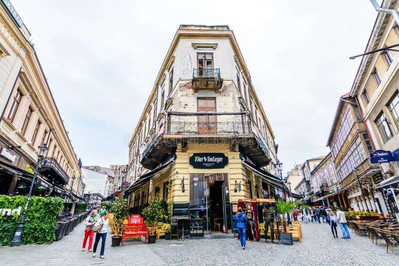 BUCHAREST RUMUNIA, PAŹDZIERNIK, - 25, 2015: Dziejowy centrum, Lipsca zdjęcie royalty free