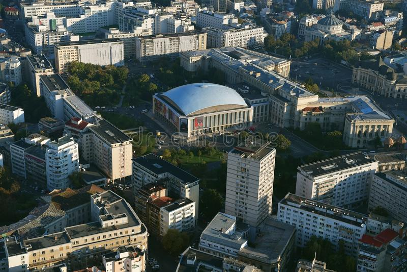 Bucharest, Rumunia, Październik 9, 2016: Widok z lotu ptaka Sala Palatului który jest filharmonią i centrum konferencyjnym obrazy stock