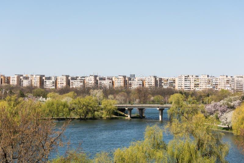 Download Bucharest Widok Od Tineretului Parka Zdjęcie Stock - Obraz złożonej z wysokość, real: 53779584