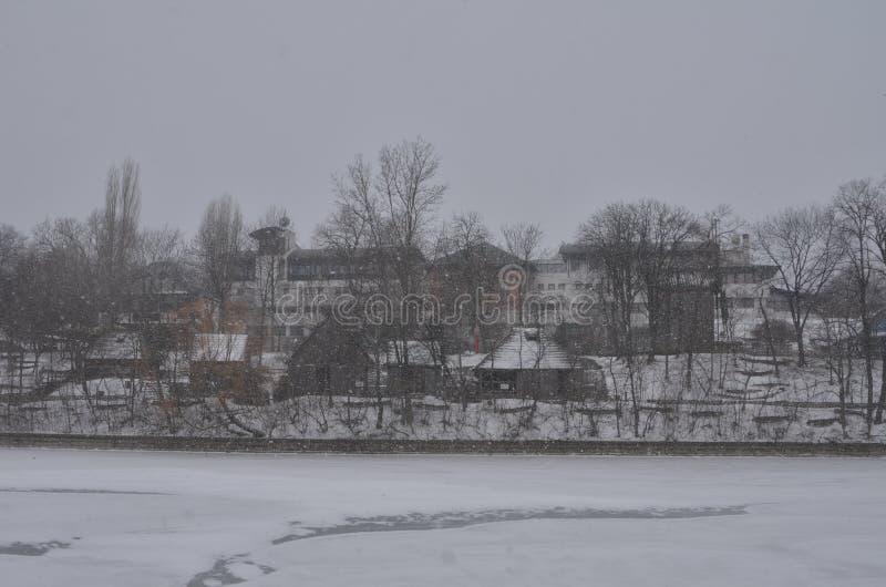 Bucharest wioski muzeum podczas ciężkiego opad śniegu zdjęcia royalty free