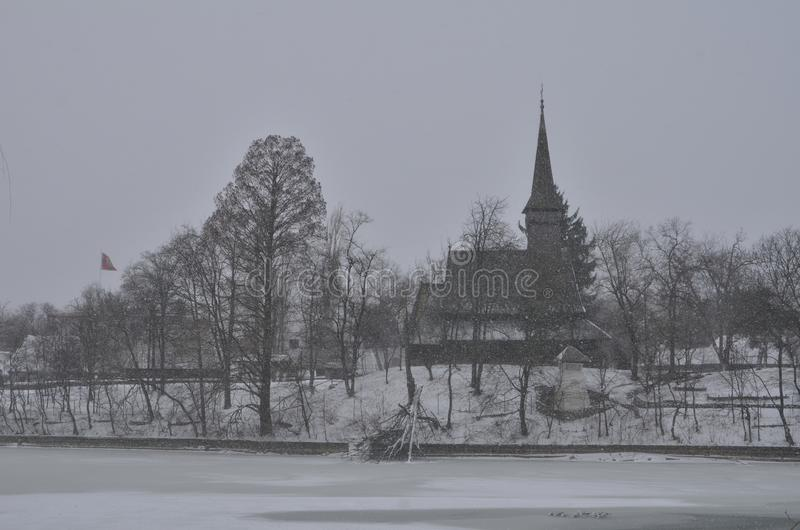 Bucharest wioski muzeum podczas ciężkiego opad śniegu obraz stock