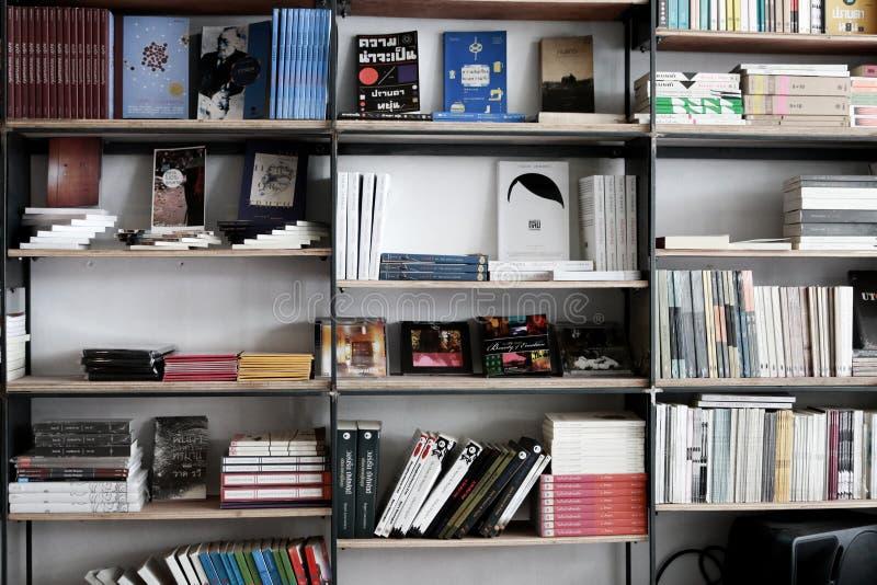 Buchhandlung Innen lizenzfreie stockfotos