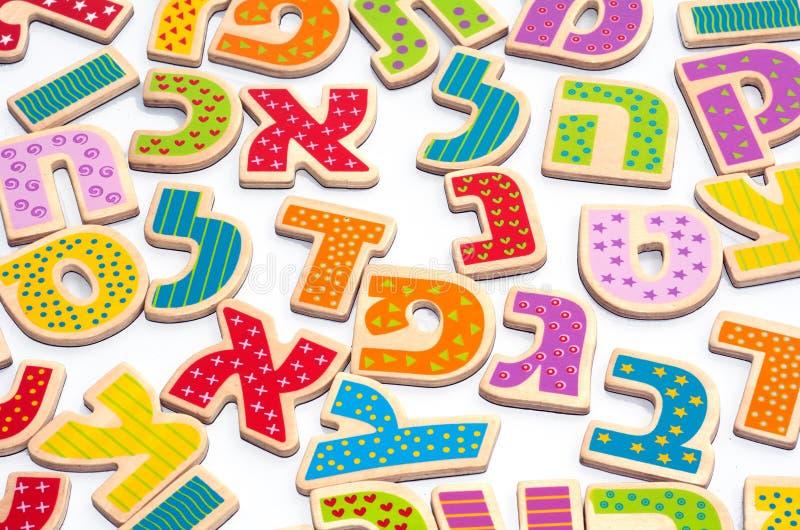 Buchstaben des hebräischen Alphabetes stockfoto