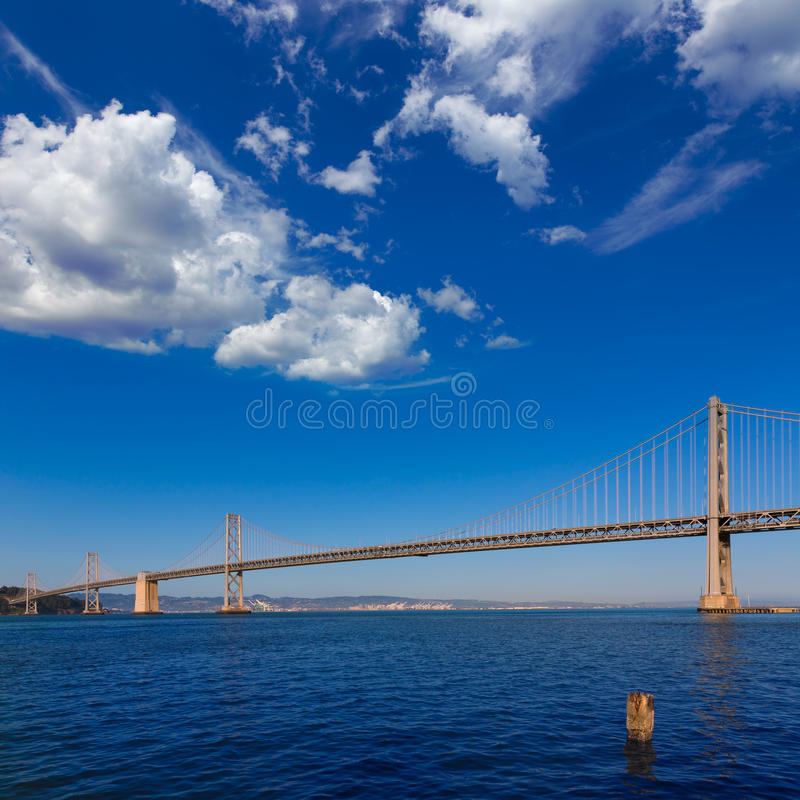 Bucht-Brücke in San Francisco nach Oakland Kalifornien stockfoto