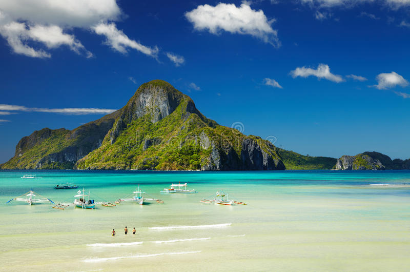 Bucht EL Nido, Philippinen lizenzfreies stockbild