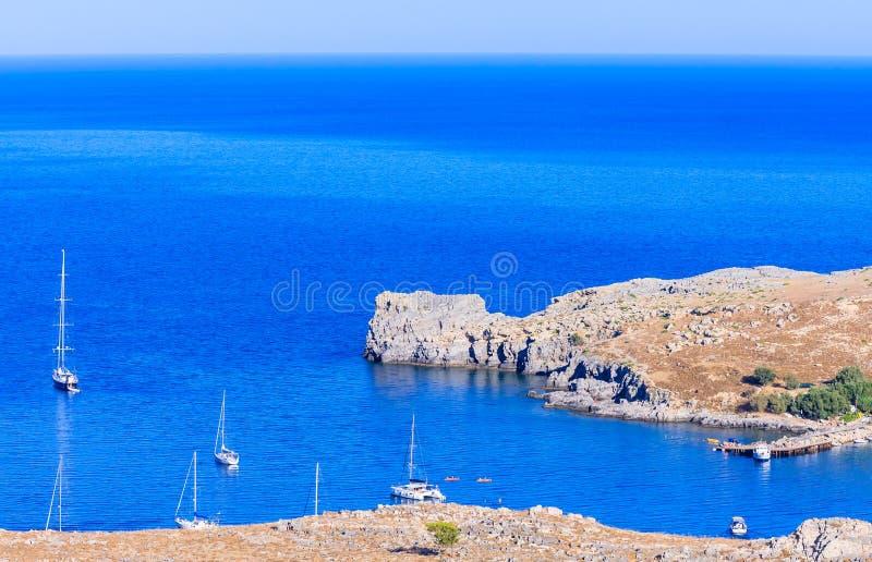 Bucht nahe der Stadt von Lindos Griechenland an einem sonnigen Tag Griechenland stockfoto